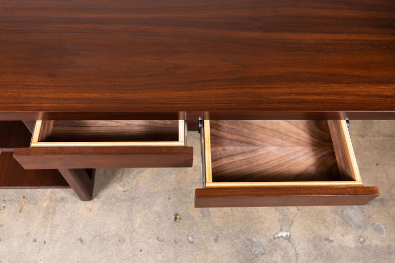 Walnut Ivanhoe Desk with Pencil Drawers by Lawson-Fenning In New Condition For Sale In Los Angeles, CA
