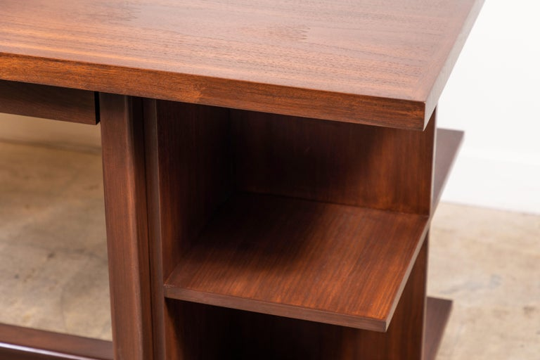 Walnut Ivanhoe Desk with Pencil Drawers by Lawson-Fenning For Sale 3