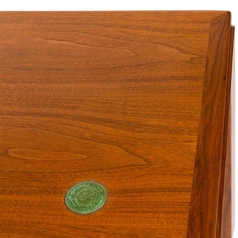 Walnut 'Janus' End Table by Edward Wormley for Dunbar For Sale 1