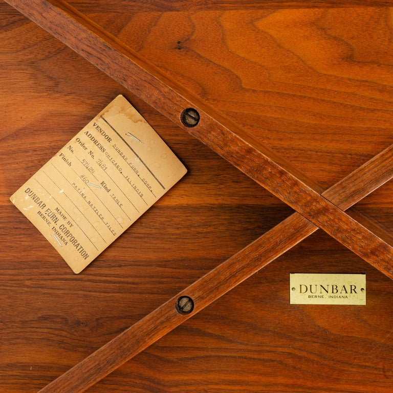 Walnut 'Janus' End Table by Edward Wormley for Dunbar For Sale 2