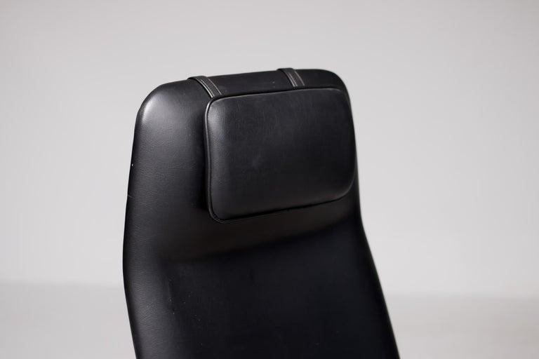 Walnut Lounge Chair by Louis van Teeffelen In Good Condition For Sale In Dronten, NL