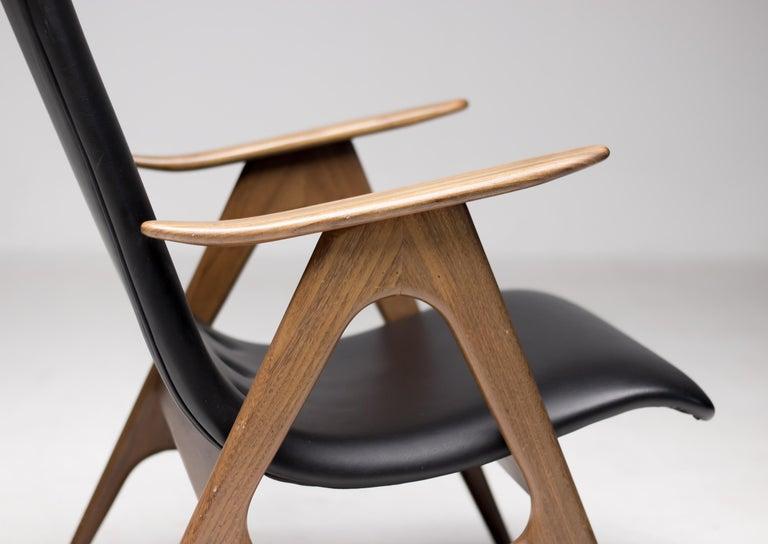 20th Century Walnut Lounge Chair by Louis van Teeffelen For Sale