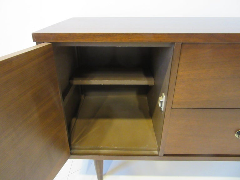 20th Century Walnut Midcentury Credenza / Server Cabinet For Sale