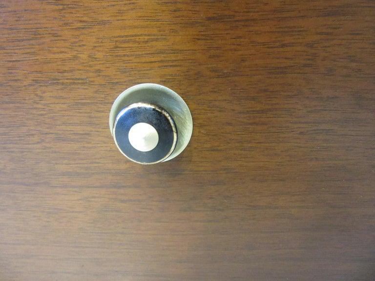 Mid Century Credenza / Cabinet in Walnut  For Sale 2