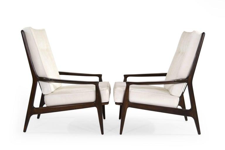 Mid-Century Modern Walnut Milo Baughman, Archie Lounge Chairs, 1950s For Sale