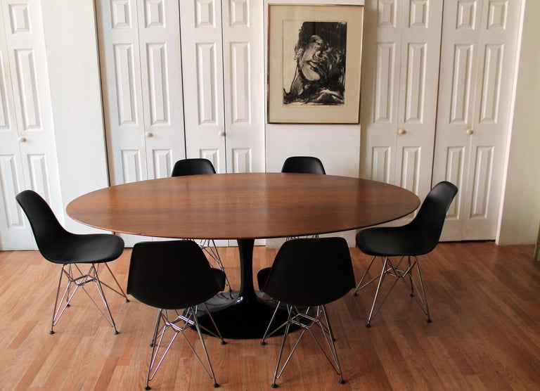 Walnut Oval Tulip Table By Eero Saarinen For Knoll At 1stdibs