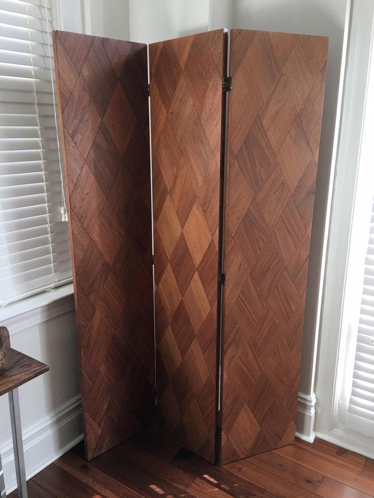 Mid-20th Century Walnut Parquet 3-Panel Screen For Sale