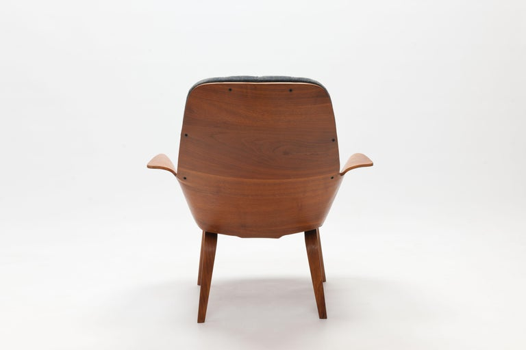 Walnut Plywood 'Mrs' Lounge Chair by George Mulhauser by Plycraft For Sale 1
