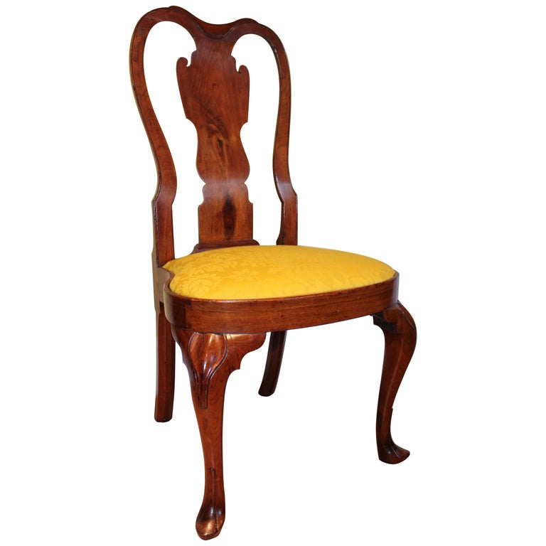 Walnut Queen Anne Balloon Seat Side Chair For Sale