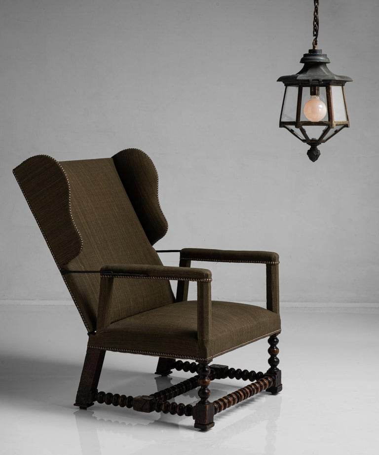 European Walnut Reclining Armchair, France circa 1780 For Sale