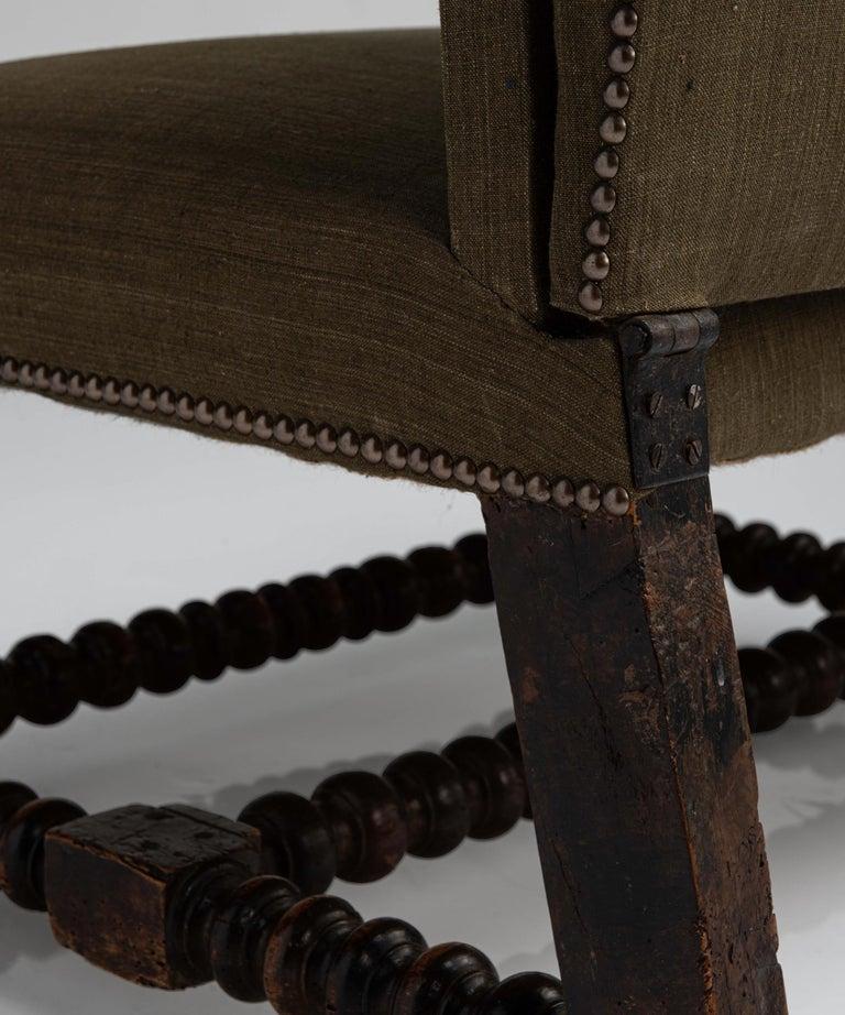Walnut Reclining Armchair, France circa 1780 For Sale 1
