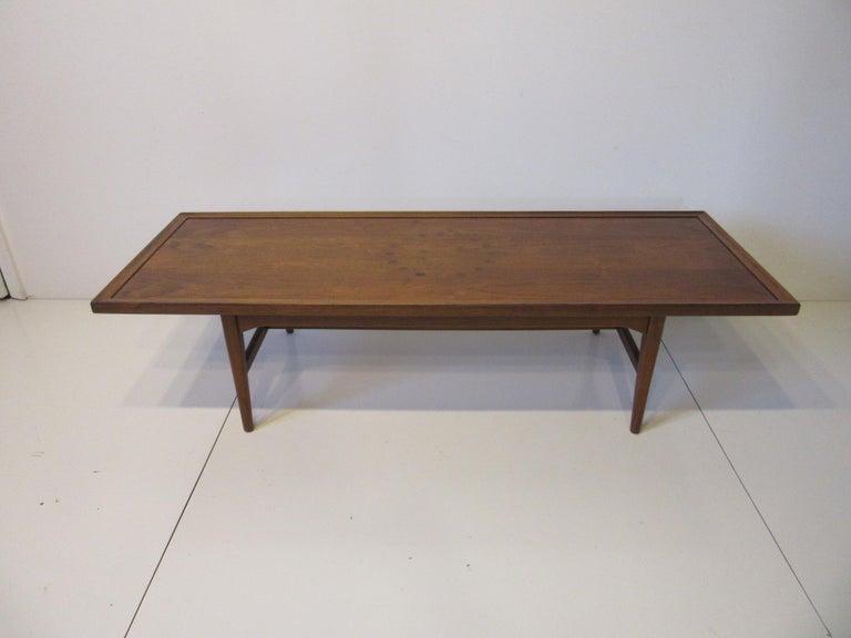 Walnut Rosewood Coffee Table by Kipp Stewart for Drexel Declaration  For Sale 4