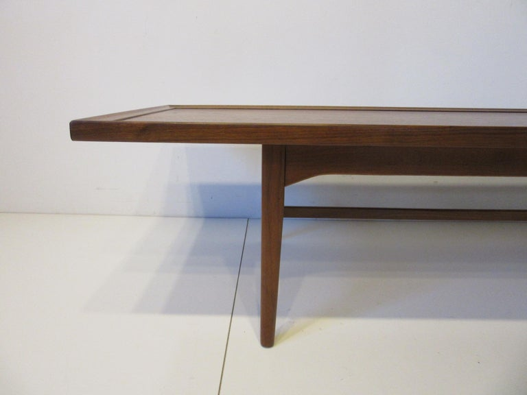 Walnut Rosewood Coffee Table by Kipp Stewart for Drexel Declaration  In Good Condition For Sale In Cincinnati, OH