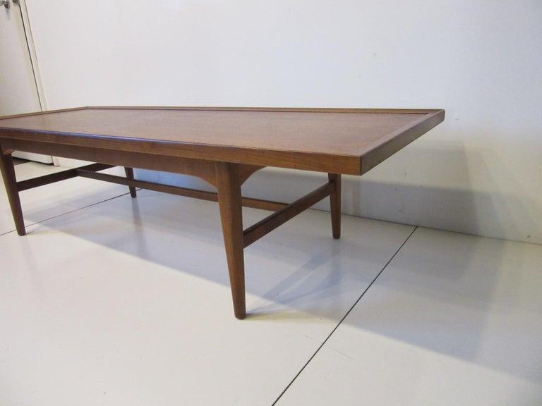 Walnut Rosewood Coffee Table by Kipp Stewart for Drexel Declaration  For Sale 2