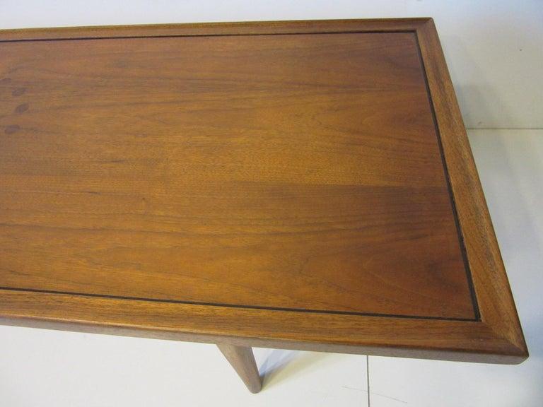 Walnut Rosewood Coffee Table by Kipp Stewart for Drexel Declaration  For Sale 3