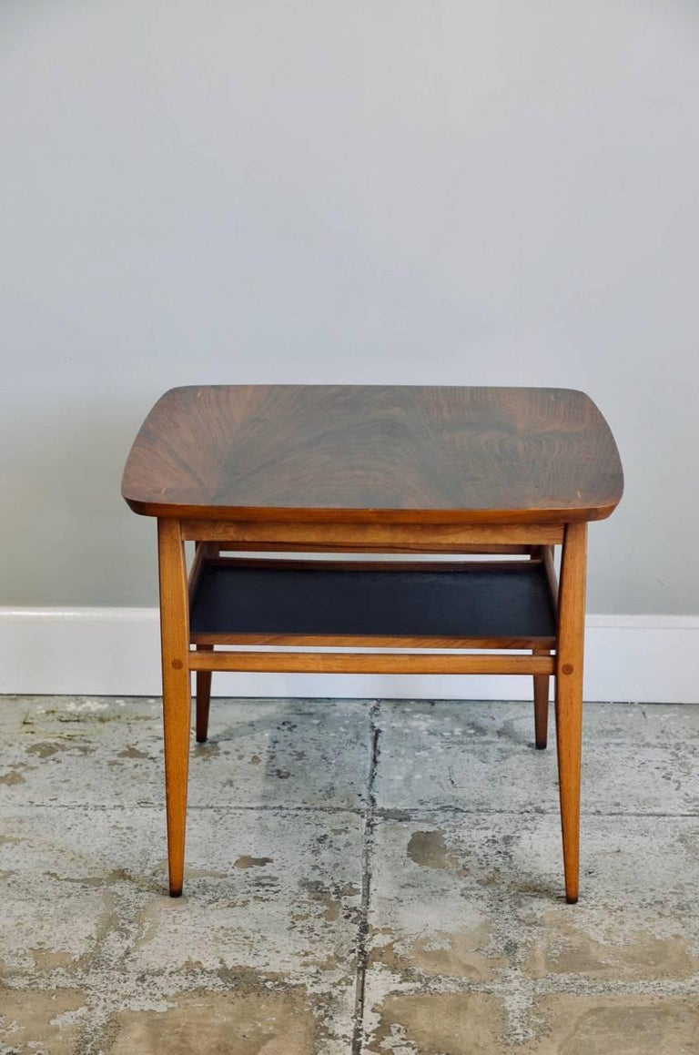 Mid-Century Modern Walnut Side Table by Lane For Sale