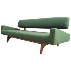 Walnuss Sofa, Modell 829-S, von Adrian Pearsall für Handwerk Associates