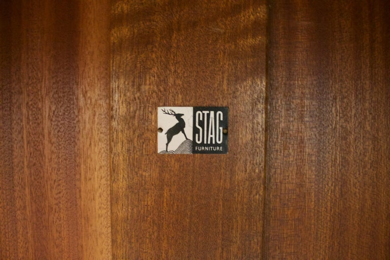 Walnut Wardrobe by John & Sylvia Reid for Stag, 1950s In Good Condition For Sale In South Shields, Tyne and Wear