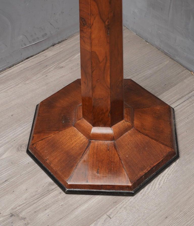 Walnut Wood Austrian Side Table, 1850 For Sale 1
