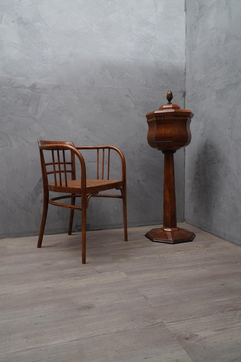 Walnut Wood Austrian Side Table, 1850 For Sale 3