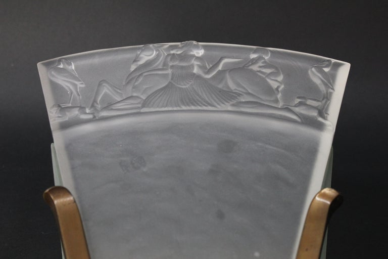 Walter Gilbert and John Walsh Walsh Pair of Art Deco Glass and Bronze Wall Lamps For Sale 11