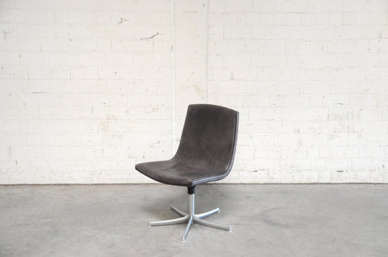 Bernd Münzebrock designed this office chair model Logos for Walter Knoll The seat is made of strong thick brown neckleather, the quality as known from De Sede.