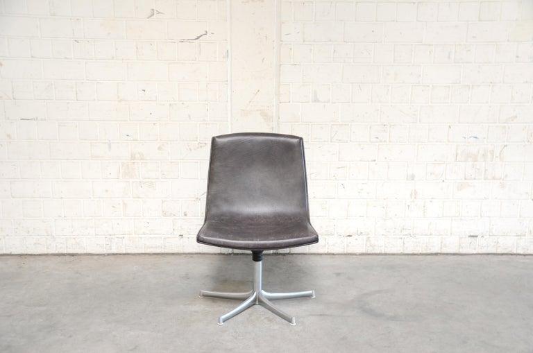 German Walter Knoll Logos Neckleather Chair Bernd Münzebrock For Sale