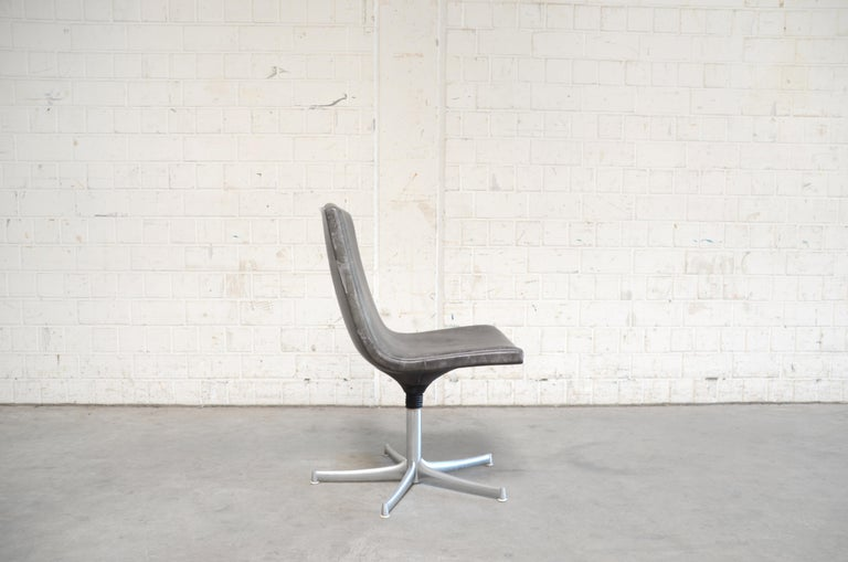 Walter Knoll Logos Neckleather Chair Bernd Münzebrock For Sale 2