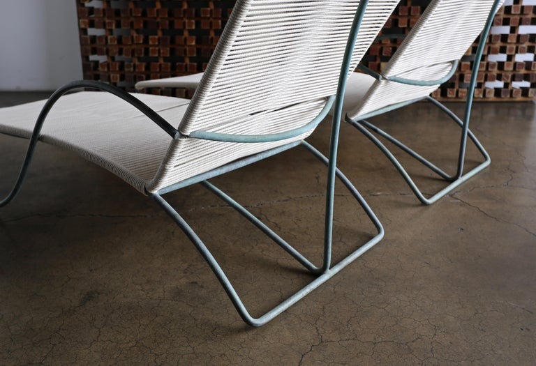 Walter Lamb Chaise Lounges Model C-4700, circa 1960 For Sale 1