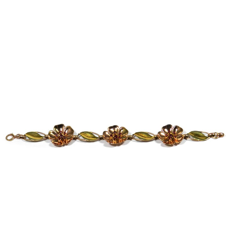 Women's Walter Lampl Retro 14 Karat Gold Ruby Flower Bracelet, circa 1940 For Sale