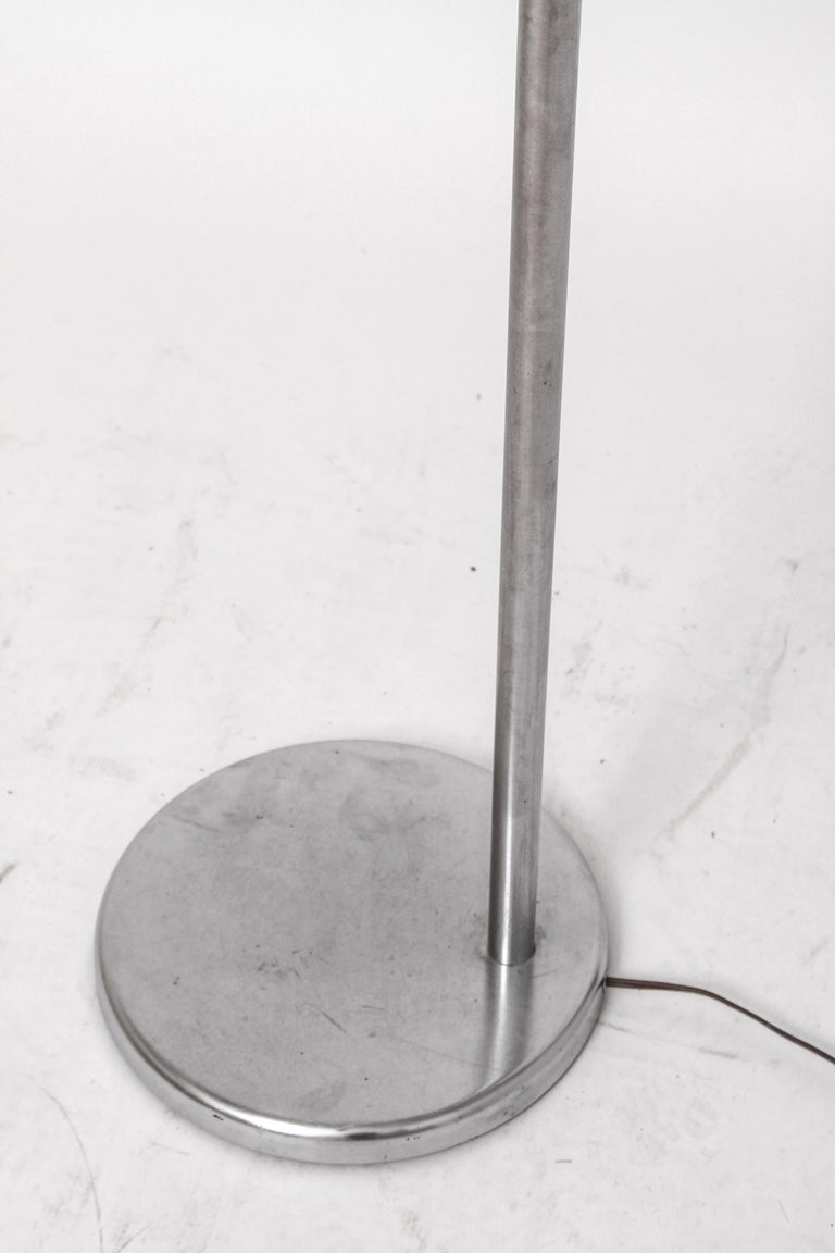 Walter Von Nessen Modern Swing Arm Floor Lamp In Good Condition For Sale In New York, NY