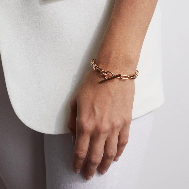 Walters Faith Saxon Collection 18K Rose Gold Toggle Chain Link Bracelet. Each link is approximately 12mm long. Bracelet is 11 links measuring 6.5
