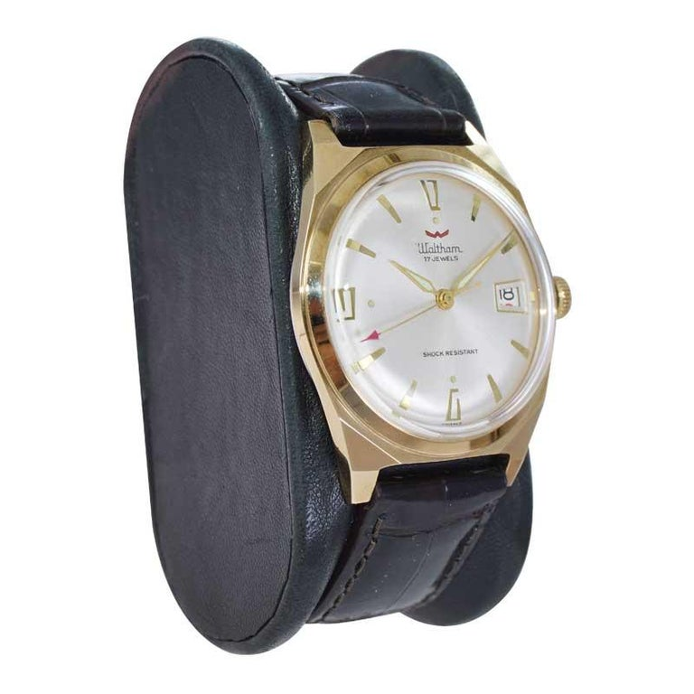 Women's or Men's Waltham Yellow Gold Filled Art Deco Style Manual Wind Watch For Sale