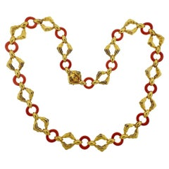 Wander France 1970s Coral Gold Link Necklace