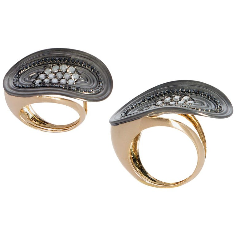 Want Facelift? Amaze Yourself with Contemporary Colored Diamond Cocktail Ring For Sale