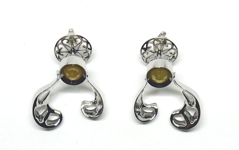 Women's Want Facelift? Amaze Yourself with Contemporary Yellow Diamond Gold Earrings For Sale