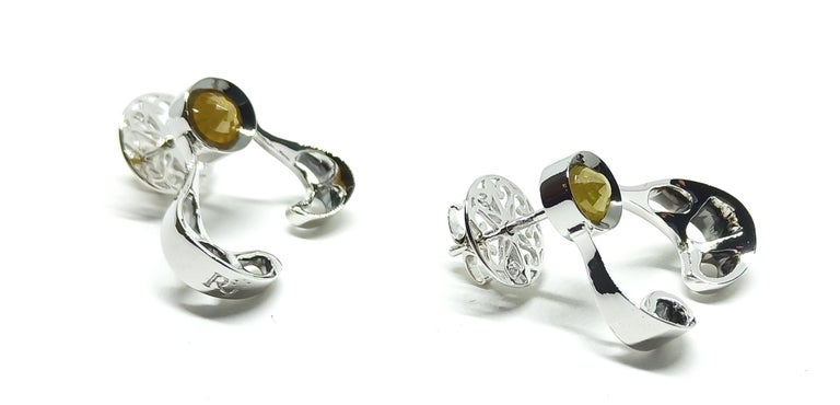 Want Facelift? Amaze Yourself with Contemporary Yellow Diamond Gold Earrings For Sale 2