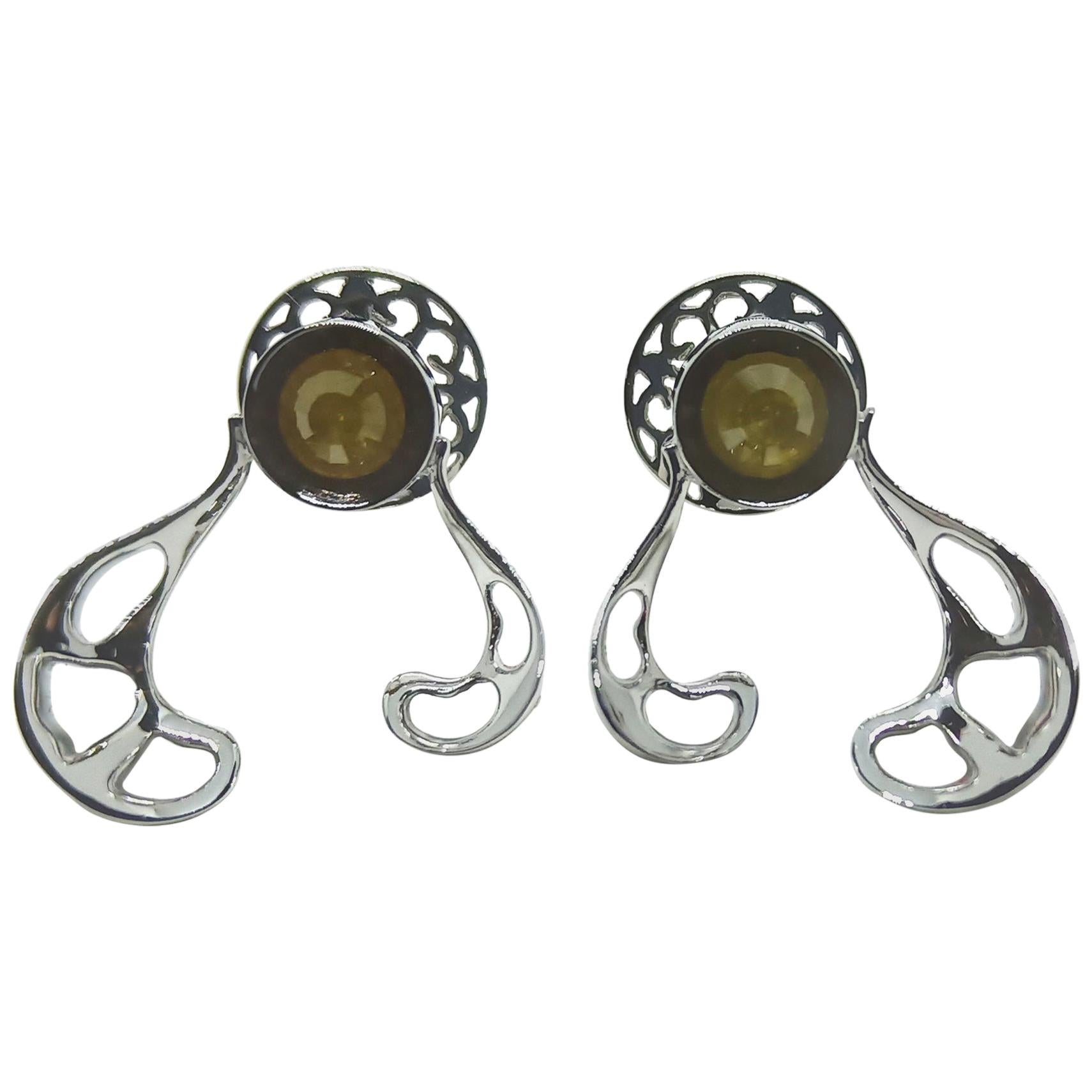 Want Facelift. Amaze Yourself with Contemporary Yellow Diamond Gold Earrings