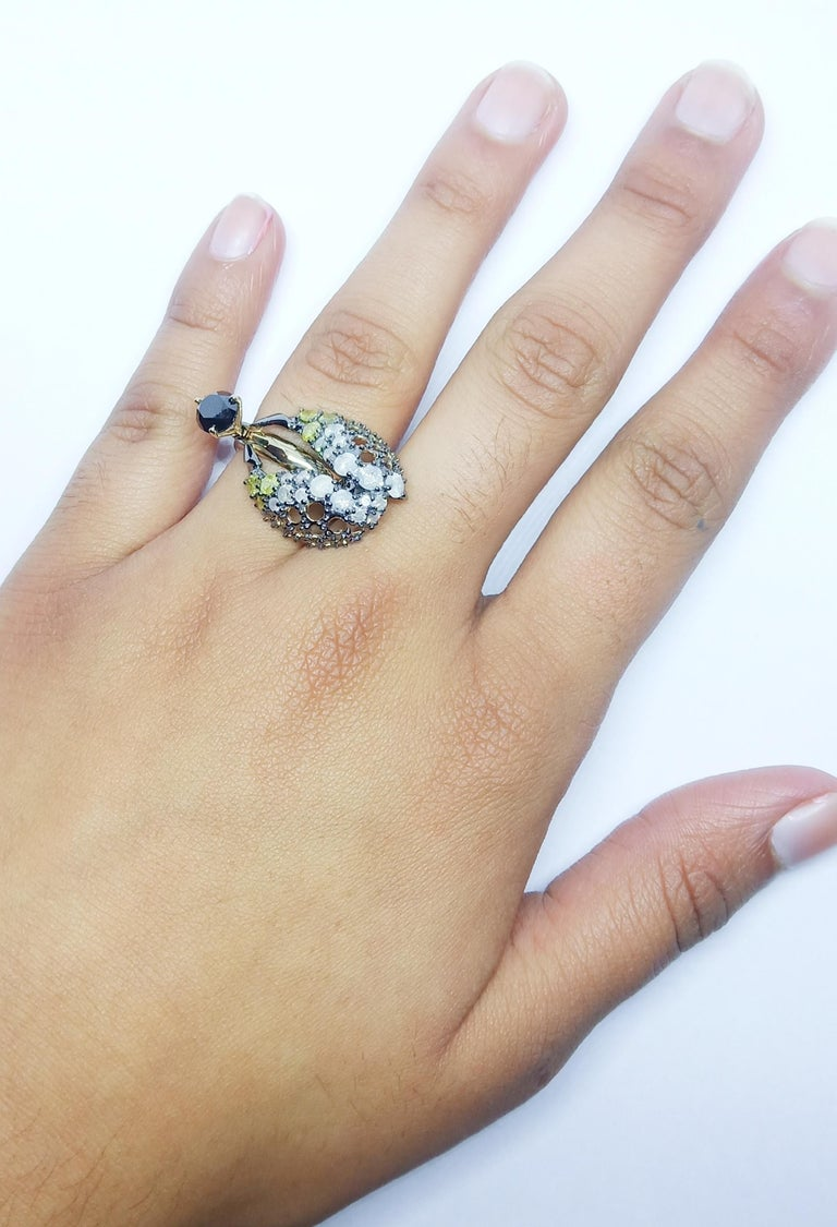 Want Facelift? Amaze Yourself with One of a Kind Color Diamond Gold Fashion Ring For Sale 5