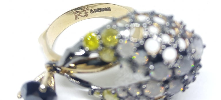 Round Cut Want Facelift? Amaze Yourself with One of a Kind Color Diamond Gold Fashion Ring For Sale