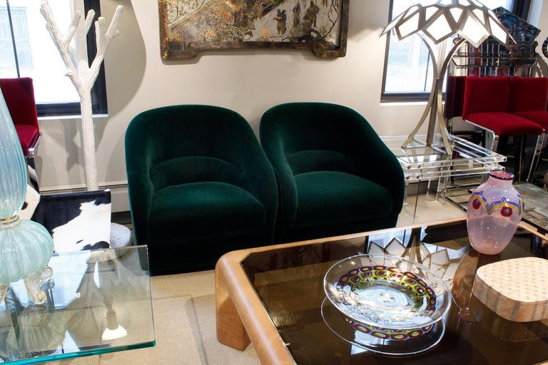 Ward Bennett Chic Pair of Pleated Back Lounge Chairs 1960s 'Signed' For Sale 1
