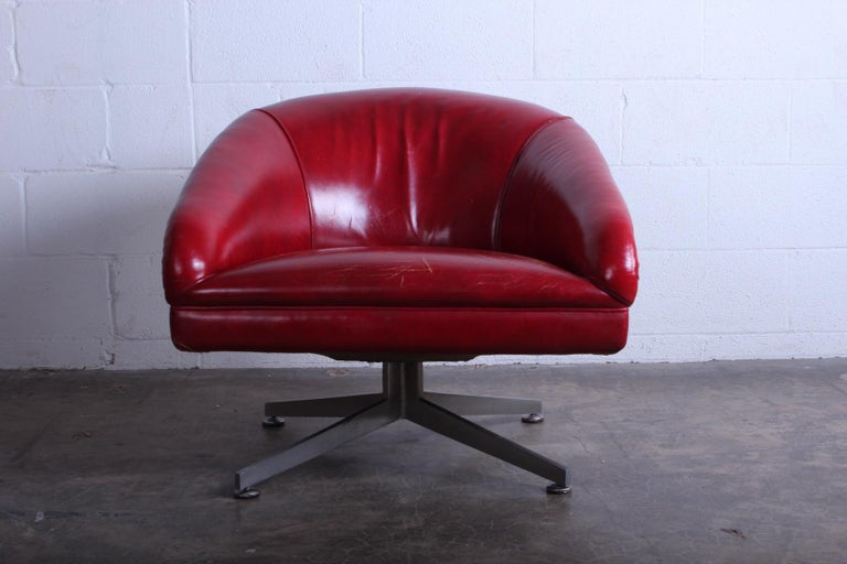 Ward Bennett Lounge Chair for Lehigh Leopold In Distressed Condition For Sale In Dallas, TX