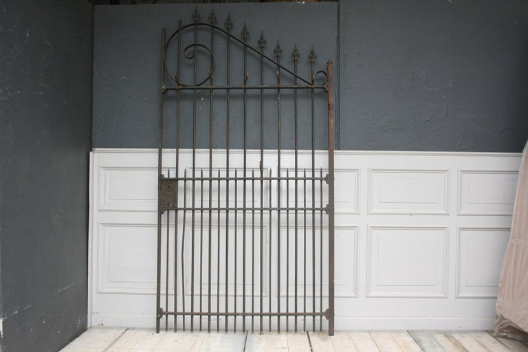 Wardrobe Coat Rack Made of Antique Wrought-Iron Gate In Good Condition For Sale In Dusseldorf, DE