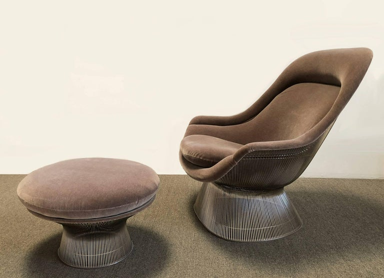 Designed by Warren Platner in 1966, this original Knoll