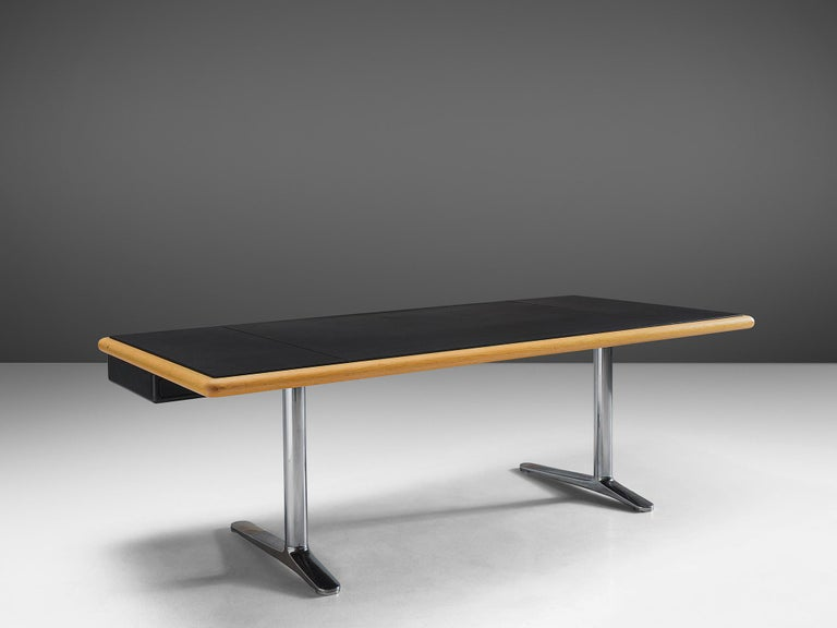 Warren Platner Executive Desk with Black Leather Top In Good Condition For Sale In Waalwijk, NL