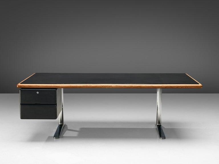 American Warren Platner for Knoll Executive Desk in Black Leather For Sale