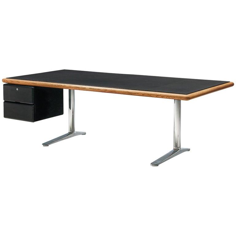 Warren Platner for Knoll Executive Desk in Black Leather For Sale