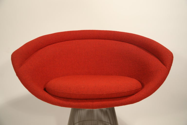 Warren Platner for Knoll Lounge Chairs in Red Wool Boucle For Sale 4