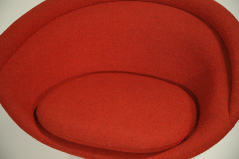 Warren Platner for Knoll Lounge Chairs in Red Wool Boucle For Sale 7