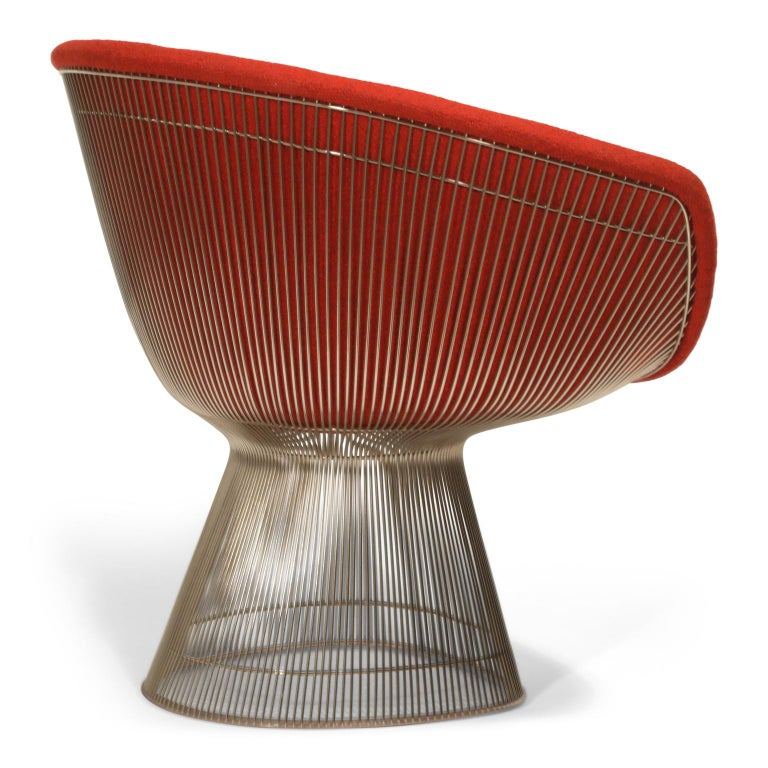 Warren Platner for Knoll Lounge Chairs in Red Wool Boucle In Excellent Condition For Sale In Los Angeles, CA